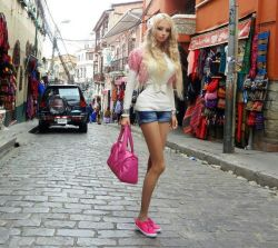 Barbie estuvo en la La Paz