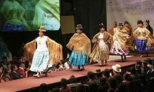 Desfile de Moda Cholita Paceña – Real Plaza Hotel