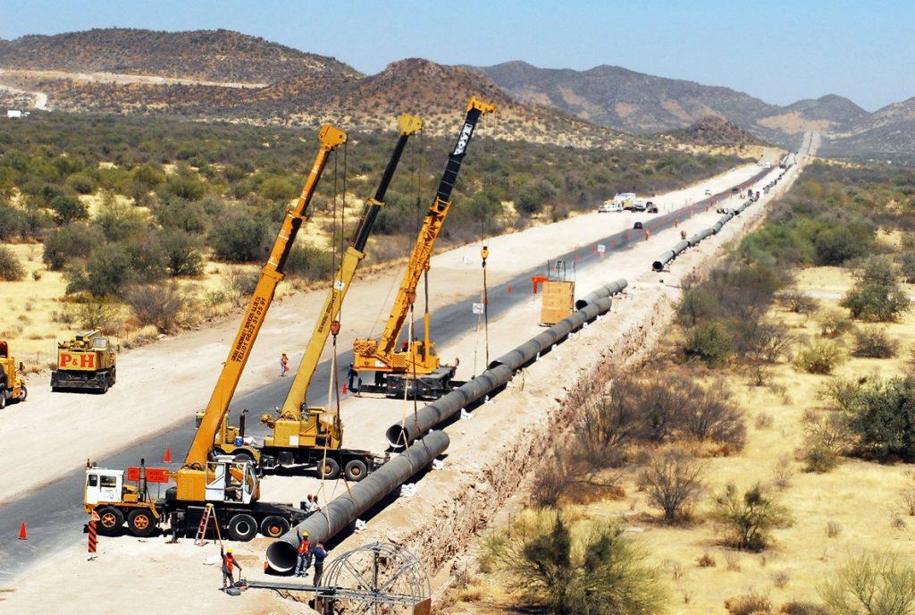 Construcción de acueducto en México