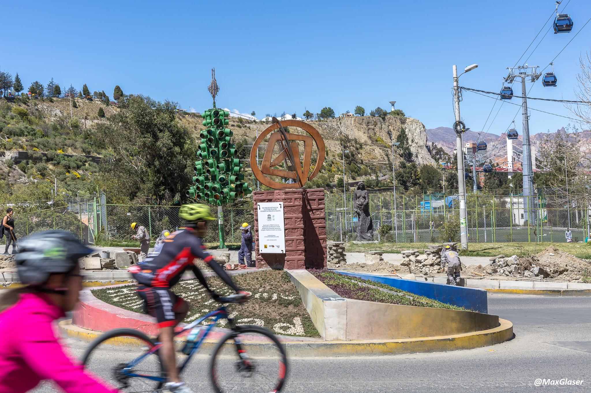 Día del Peatón - Bicicletas por la Avenida del Ejercito