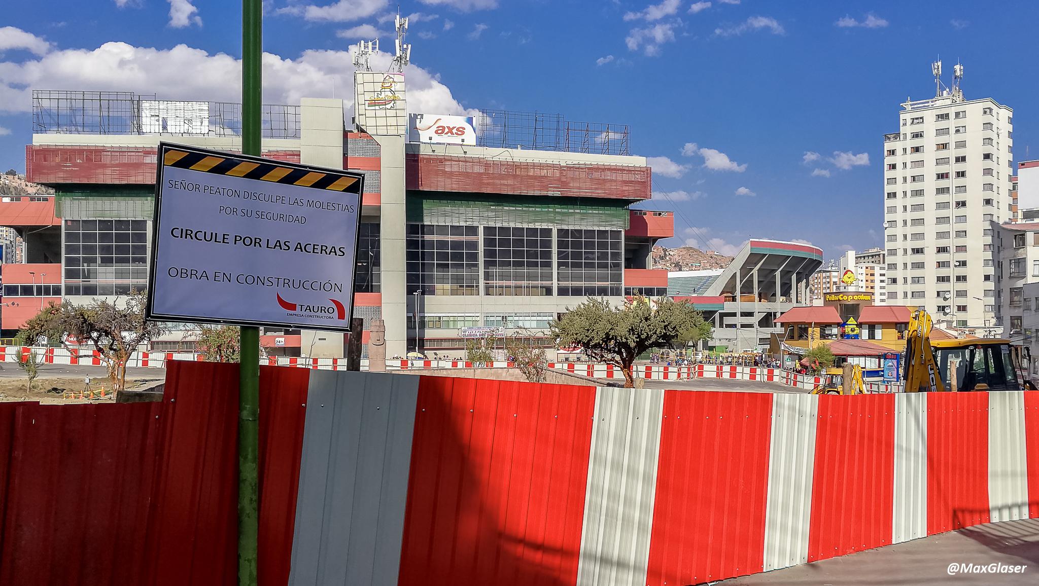 Obras en la Plaza del Estadio para el Viaducto Tejada Sorzano