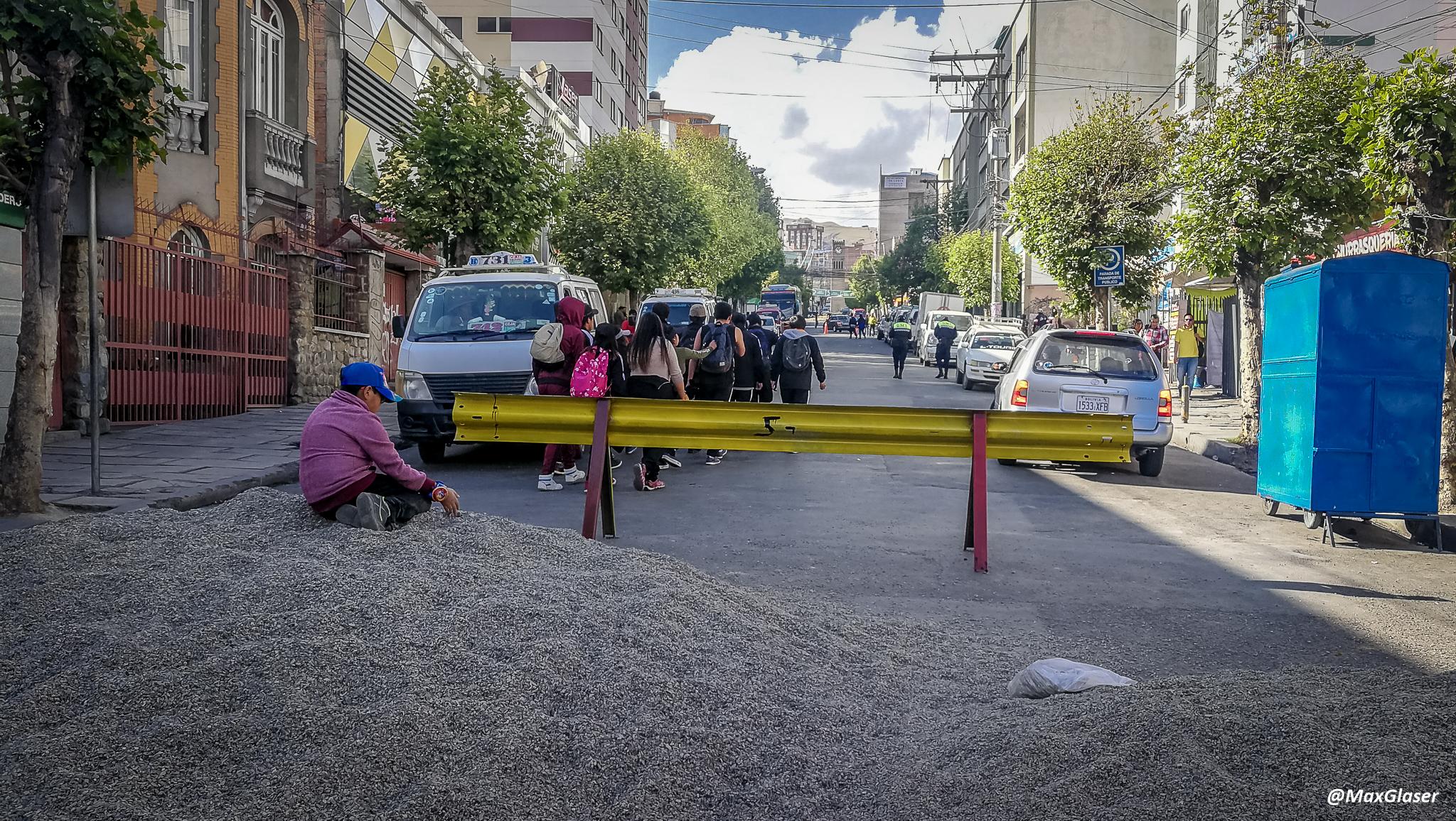 Obras en la Plaza del Estadio - Avenida Saavedra
