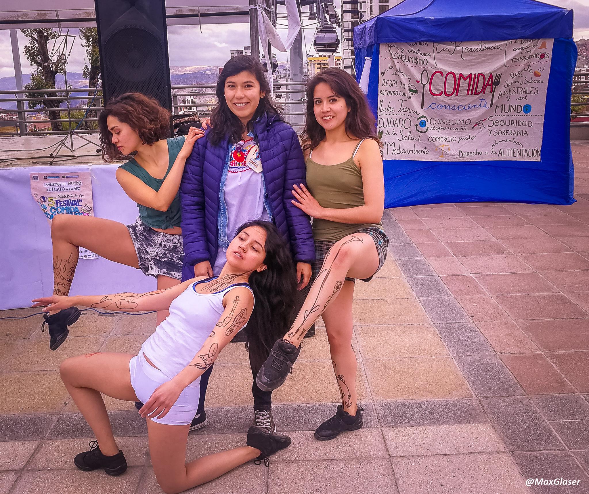 Grupo de bailarinas