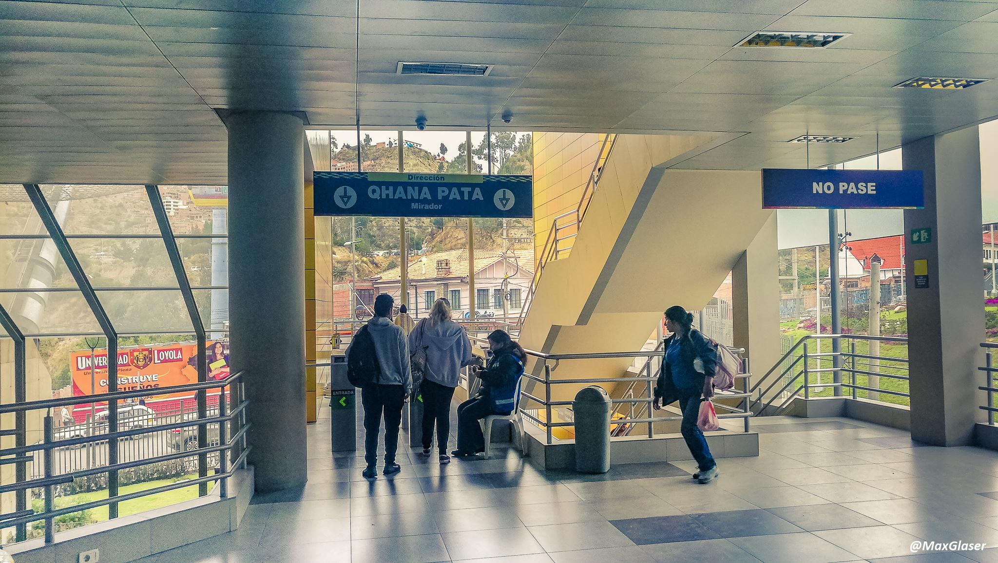 Estación Curva de Olguin - Linea Amarilla