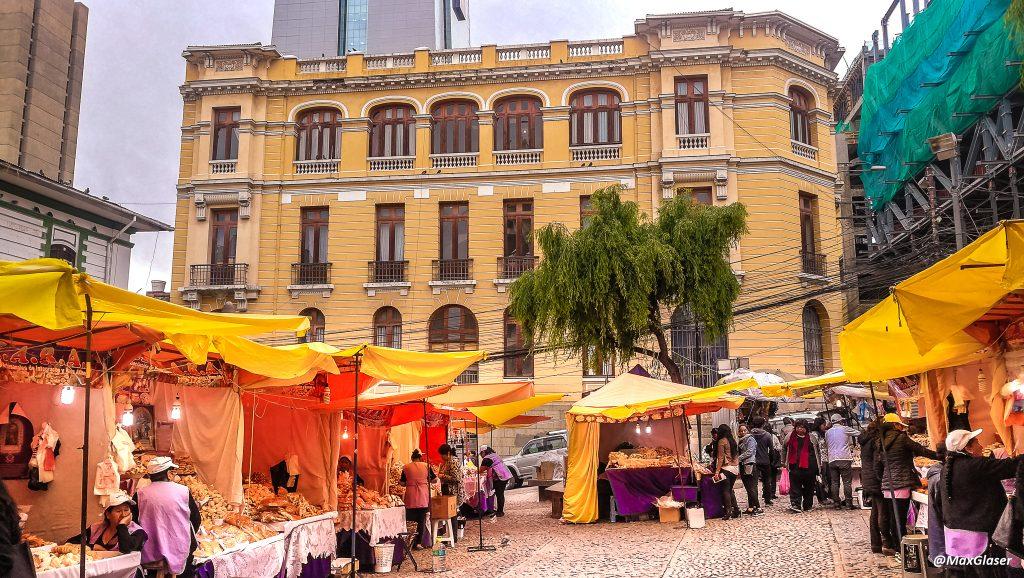 Feria del Pan de Todos Santos en la Iglesia la Merced