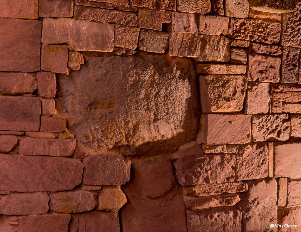 Tiwanaku de Noche - Muro del Templo de Kalasasaya