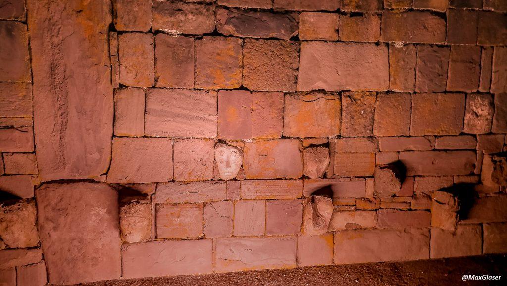Tiwanaku de Noche - Templete Semi subterráneo