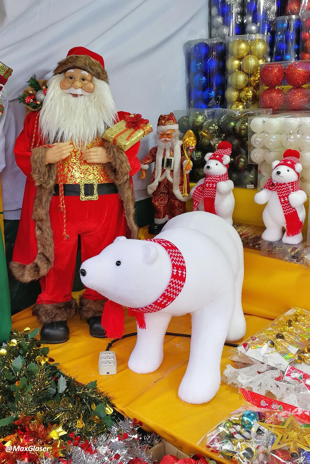 Papa Noel con osos polares