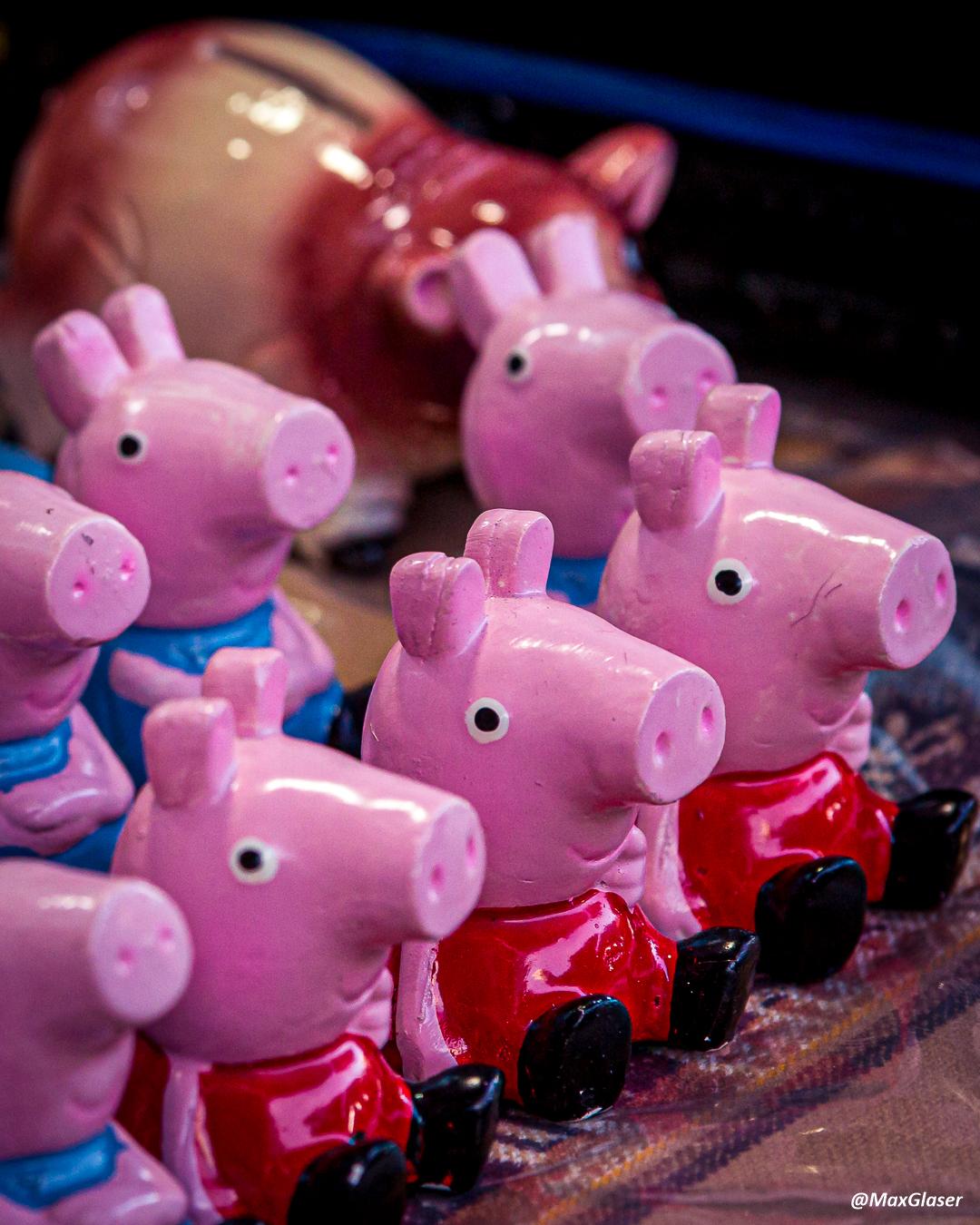 Feria de Alasita 2020 - Peppa Pigs